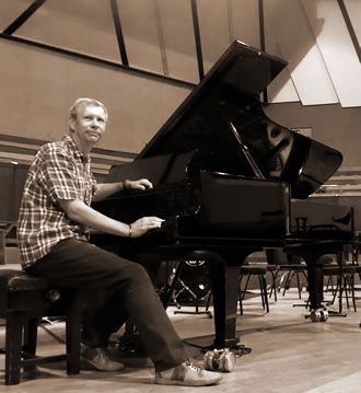 Paul Corby - Tuning a Concert Grand Piano